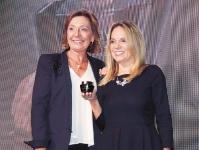 Gracias a las investigaciones realizadas en Colombia sobre las propiedades de la uchuva, científicos han desarrollado el último y más revolucionario descubrimiento de la cosmética anti-envejecimiento, al punto de hacerlos ganadores de los Beauty Industry Awards 2018 cumplido en Holanda
