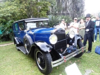 Museo El Castillo de Medellín recibió los autos pioneros
