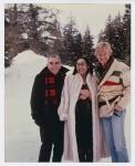 Con su esposa y Robert Redford